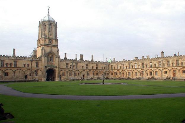 Christ_Church_college_Tom_Quad
