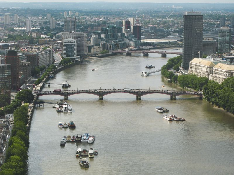 River_Thames_and_Lambeth_Bridge